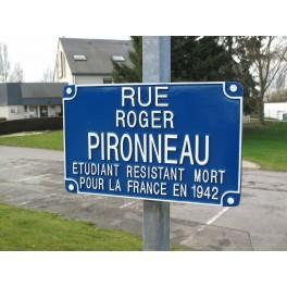 http://www.fonderie-gargam.fr/129-thickbox_default/plaque-de-rue-fonte-d-aluminium.jpg